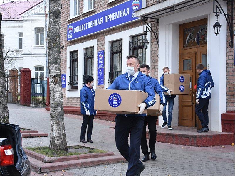 «Единая Россия» отмечает день рождения: доставка лекарств пациентам, автоволонтёрство и помощь медикам