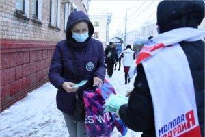 В Брянске стартовала волонтёрская акция по бесплатной раздаче масок