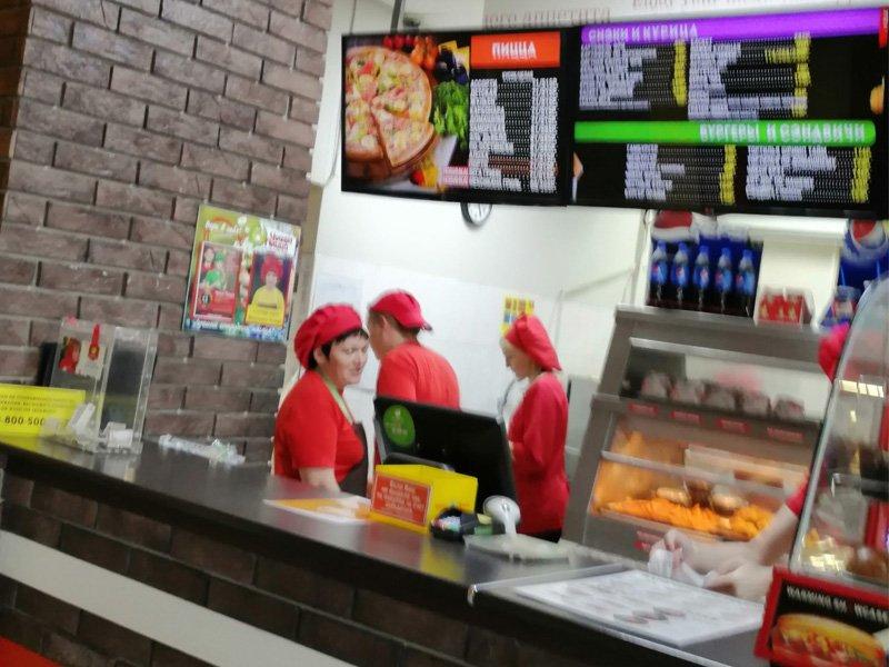 В Брянске продавцов-«безмасочников» отловили в «Чиккен Пицце», «Европе» и «Браво-мебели»