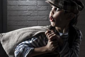 В Сураже два малолетних вора были пойманы за кражу на пилораме