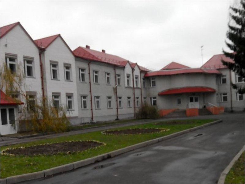 Брянская облпрокуратура приняла шефство над Мглинской школой-интернатом