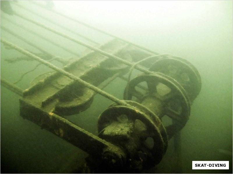 Энтузиасты из брянского дайвинг-клуба обнаружили второй затопленный карьерный экскаватор