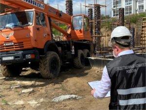 Машинисту автокрана, покалечившему в Брянске по халатности рабочего, грозит до трёх лет
