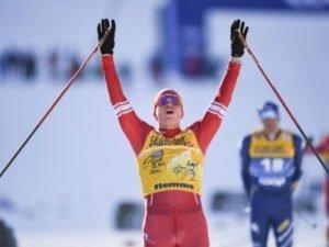 «Борьба была до последних метров»: Александр Большунов одержал пятую победу подряд на «Тур де Ски»