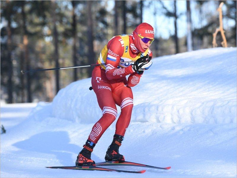 Александр Большунов выиграл разделку на этапе КМ в Фалуне. И « привёз» самому принципиальному сопернику минуту