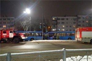 В Брянске две женщины пострадали после столкновения двух автобусов