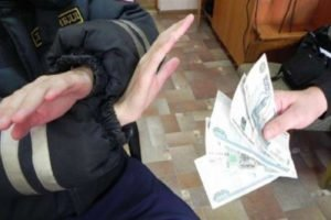 У гражданина Азербайджана не получилось дать тысячу клинцовскому гаишнику