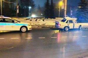 В аварии на кольце у Самолёта в Брянске пострадали два человека