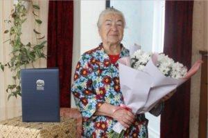 Брянские единороссы поздравили ветерана-однопартийца с 85-летним юбилеем