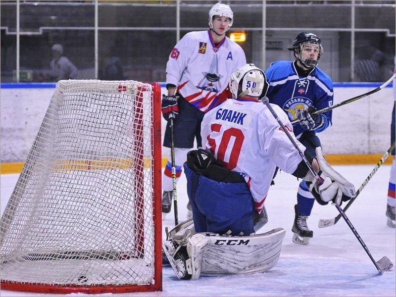 Хоккейный «Брянск» вчистую проиграл в Рязани местным «десантникам»