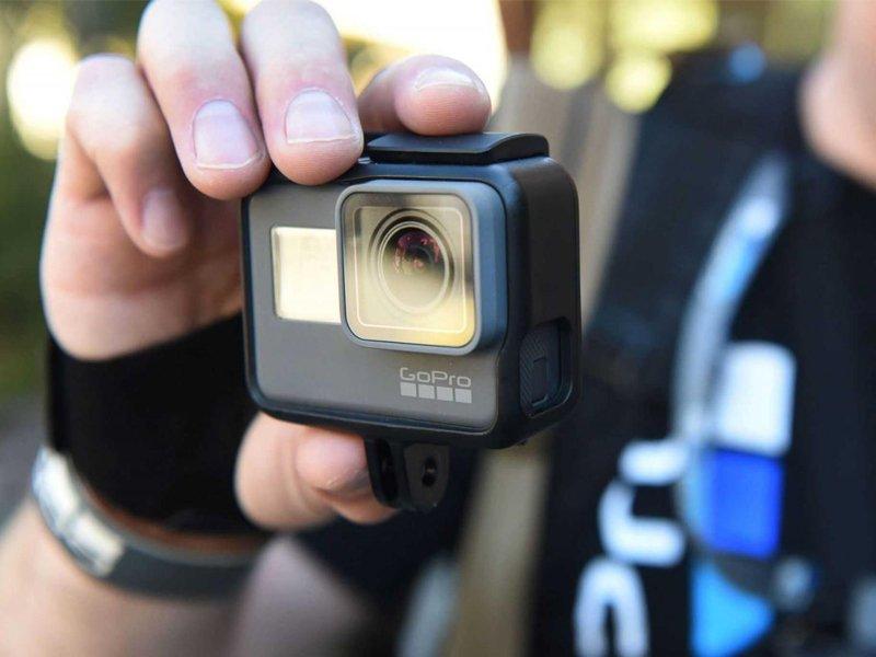 Жизнь не кино: ранее судимый житель Брянска украл из магазина камеру и продал первому встречному
