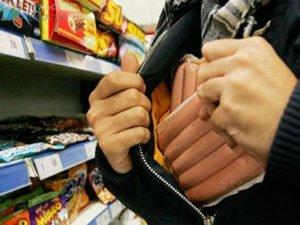 За мелкие кражи в магазинах житель Клинцов получил почти год колонии строгого режима