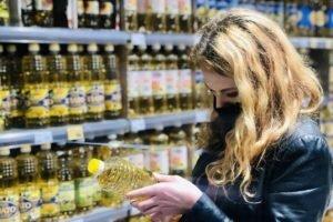 Брянские власти заявили об отсутствии дефицита сахара и масла в магазинах