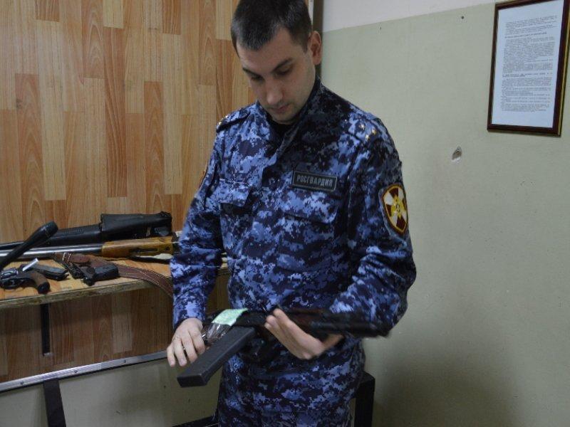 Жители Брянской области за прошедший год сдали оружия более чем на миллион