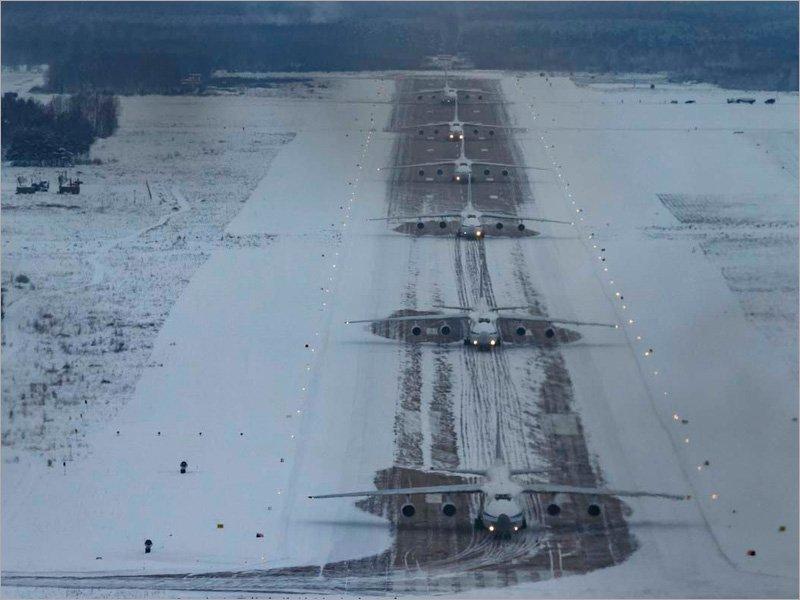 «Слоновья прогулка» сещинских «Русланов» в сложных метеоусловиях: впервые в истории России