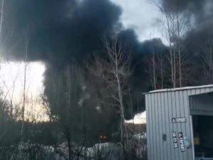 За несанкционированную свалку ТБО в Володарке после пожара взялась прокуратура