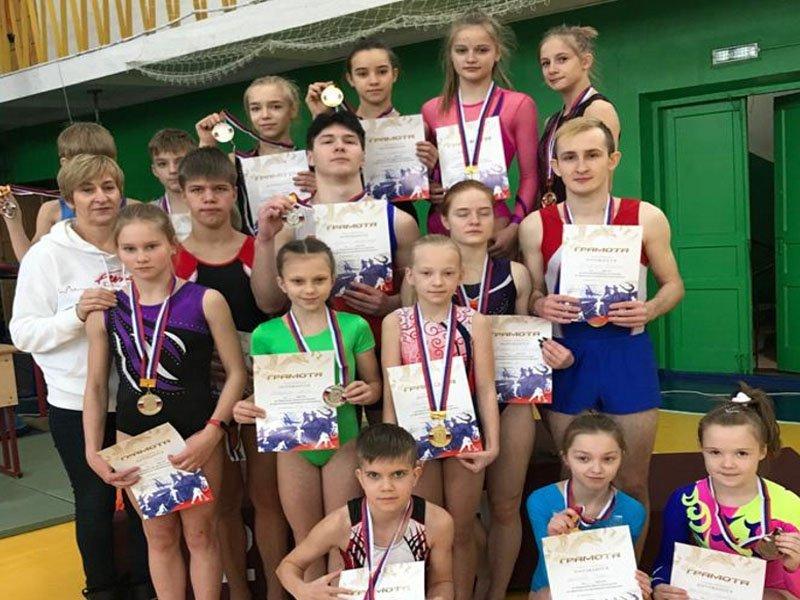 В Клинцах в минувшую субботу прошли чемпионат и первенство Брянской области по прыжкам на батуте