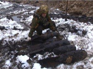 На стройплощадке в Брянске найдено почти два десятка авиабомб за один день