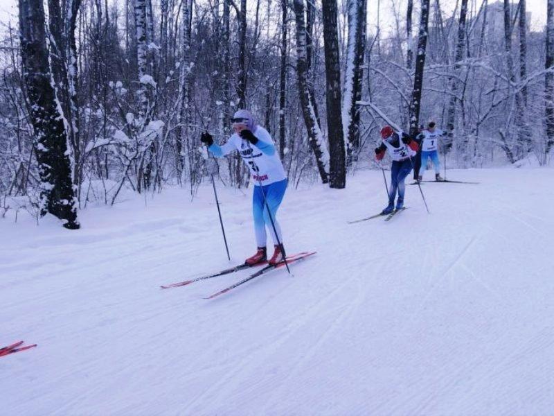 Морозы сократили дистанцию чемпионата Брянской области по лыжным гонкам