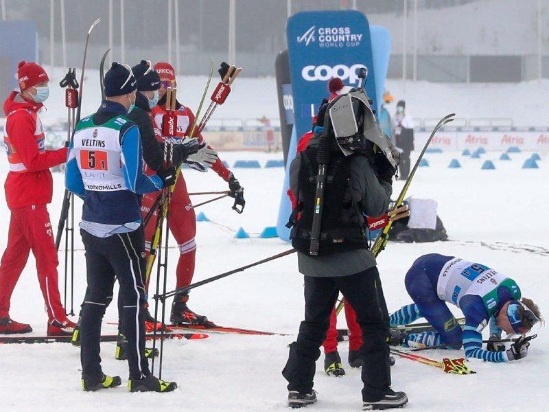 Александр Большунов на этапе Кубка мира повёлся на провокацию финна и дисквалифицирован за неспортивное поведение