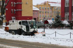 Брянск вновь откапывают от снега