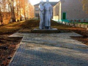В Брянской области за прошлый год отреставрировали 64 воинских захоронения