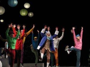 Брянский ТЮЗ порадовал зрителя премьерой мольеровского «Тартюфа» на сцене драмтеатра