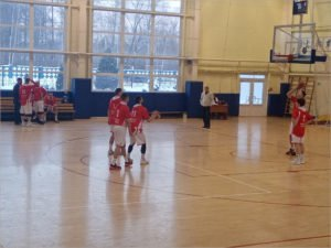 Баскетбольный «Брянск» разделил дома очки с Липецком