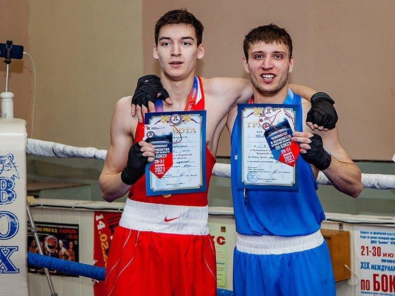 В Брянске состоялись первенство и чемпионат области по боксу