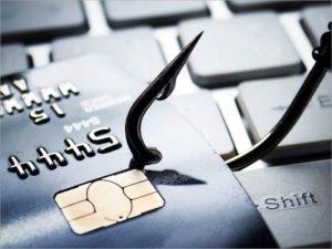 Брянская прокуратура предупредила об активизации интернет-мошенников перед 23 февраля и 8 марта