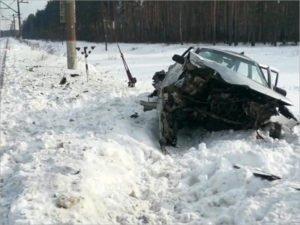 Водитель, загнавший свою «десятку» под электричку, отправлен брянским судом в СИЗО