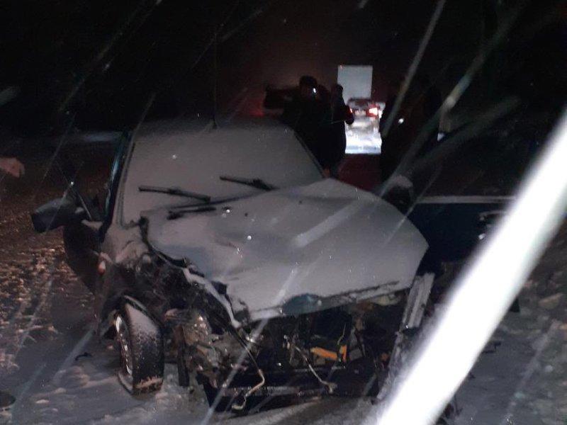 В результате столкновения «Лады» с иномаркой в Почепском районе пострадали пассажиры