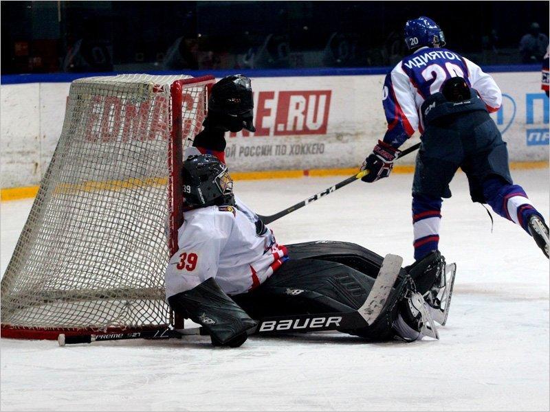 Хоккейный «Брянск» потерпел два поражения от ярославских команд