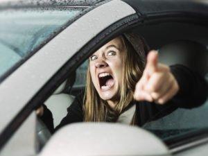 В цепочке столкновений легковушек на Бежицкой пострадала женщина-водитель