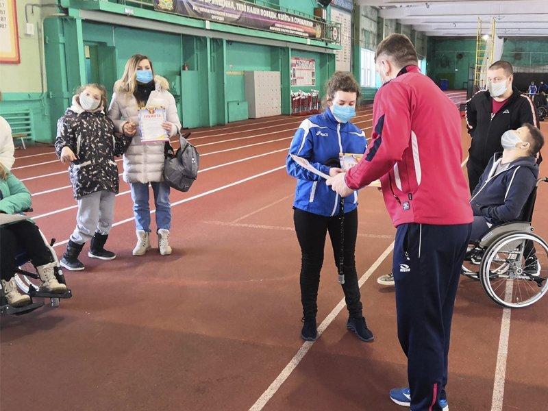 В бежицком спортманеже состоялся чемпионат по лёгкой атлетике лиц с ПОДА