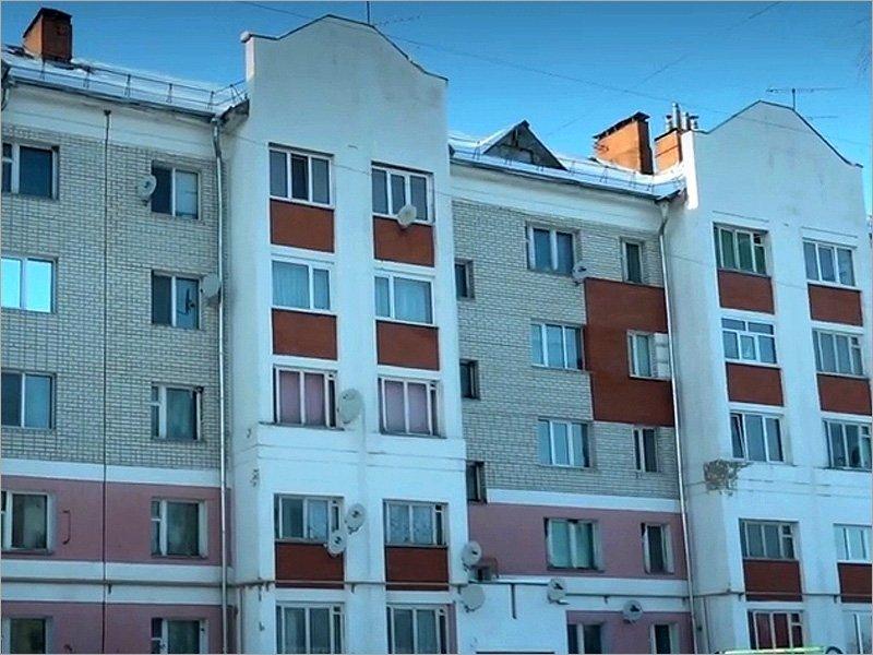 #СпасибоВрачам по-почепски: районные власти выгоняют медиков-пенсионеров из служебных квартир