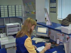 Работница почты, присвоившая себе более трёхсот тысяч рублей, отправится под суд