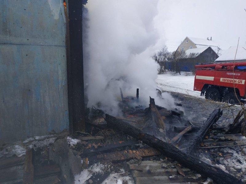 Пожар жилого дома в Мглинском районе тушили почти час
