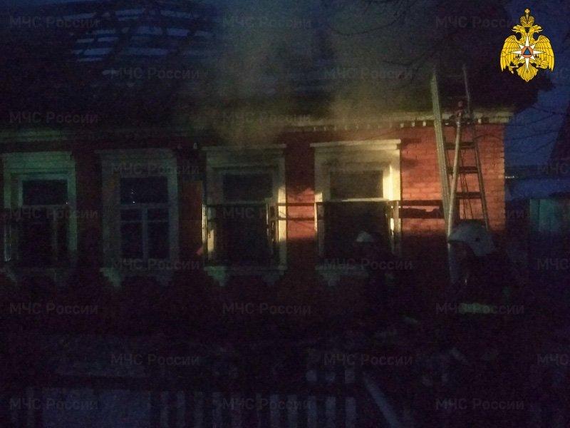 Пожар жилого дома в посёлке Октябрьском унёс одну человеческую жизнь