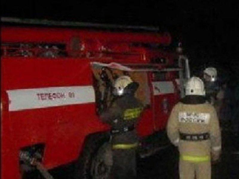 Пожар нежилого здания в Стародубском районе тушили более полутора часов