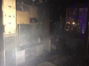 Пожилой инвалид пострадал в результате пожара в квартире соседей в Володарском районе
