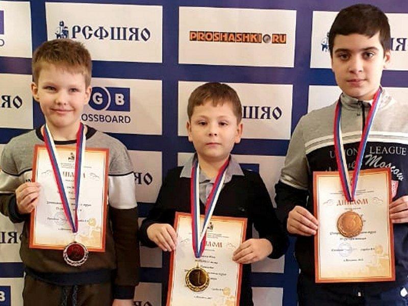 Брянские спортсмены стали победителями и призёрами чемпионата и первенства ЦФО по шашкам