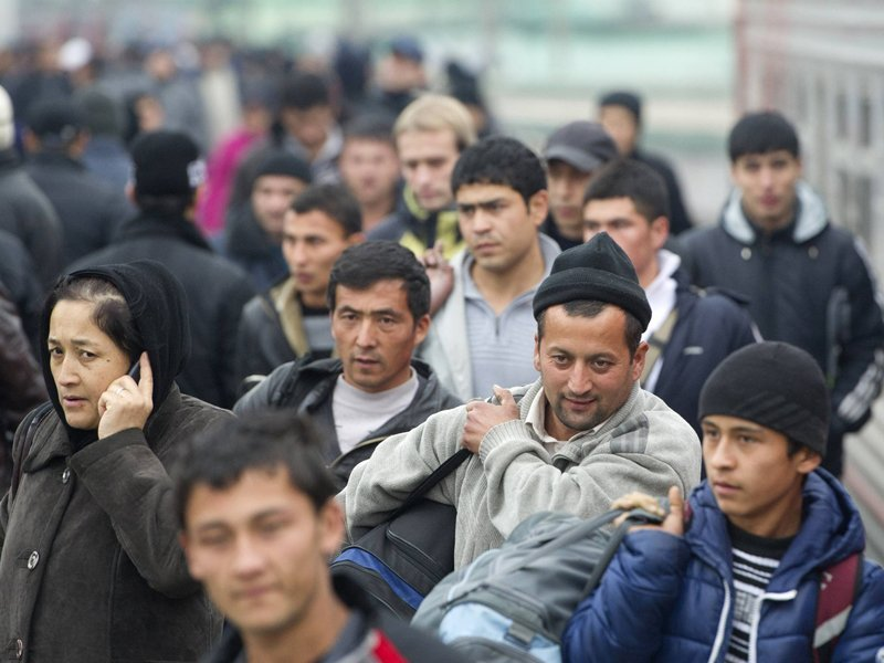 Жительница Брянска оштрафована за фиктивную регистрацию узбеков
