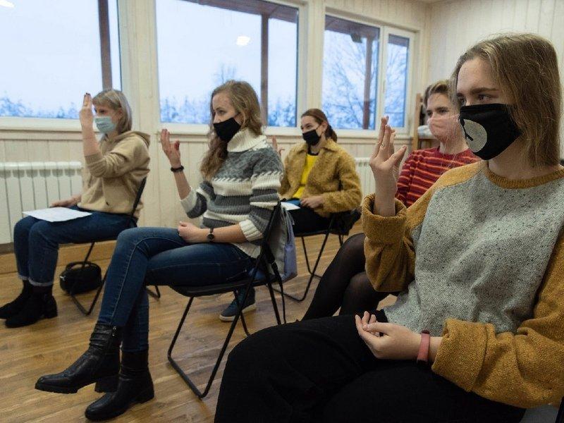 В Брянске 38 добровольцев прошли образовательную программу проекта «Без границ»