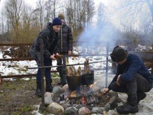 В «Брянском лесу» поработал десант из 25 московских юннатов