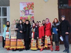 Студенты Брянского колледжа искусств поздравили женщин праздничным концертом