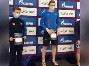 Брянские пловцы Илья Бородин и Марьяна Гапеева привезли из Обнинска несколько побед и рекордов