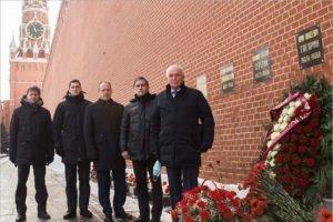 Андрей Бабкин  с коллегами и руководителями ЦПК почтили память Юрия Гагарина