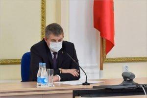 Брянский губернатор ровно через год после «масок по 3 рубля» вспомнил о ценах на маски