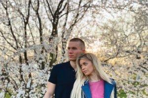Свадьба Александра Большунова и Анны Жеребятьевой назначена на 24 апреля